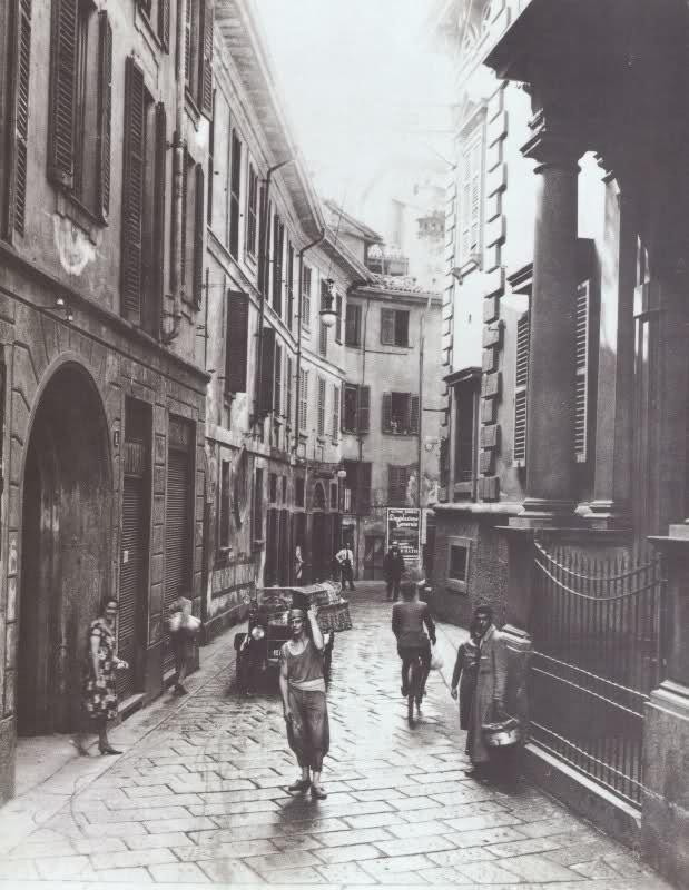 Vicolo S. Zeno, Milano, inizi del Novecento