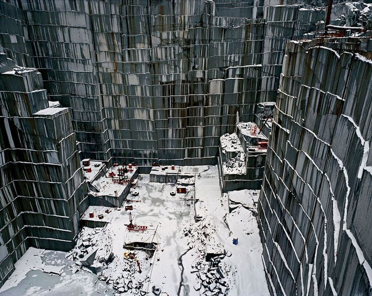 "Cinema e Arquitetura: ""Manufactured Landscapes"""