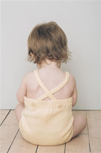 1415: Modell 1 Romper #baby #knit #strikk