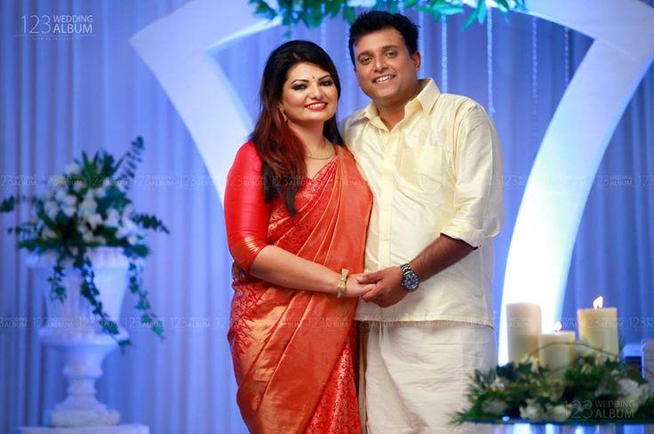 Sandra Thomas, one of the popular malayalam actress and producer of Friday Film House entered wedlock last day. She married Wilson John, on 11 July 2016 at Nilambur. Vijay Babu, Parvathy, Lijo Jose Pallisery, Sajid Yahiya, Aju Varghese attended the function