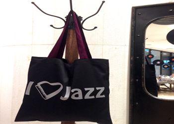 Χαρίστε δώρα από το Μέγαρο Μια τσάντα… γεμάτη μουσική,  αποκλειστικά σχεδιασμένη για το M Shop