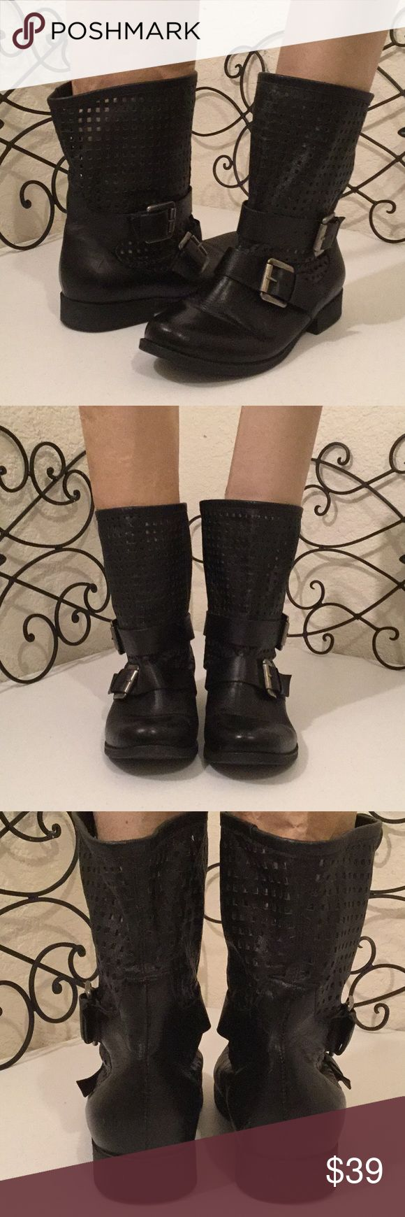 """STEVE MADDEN Lattice Leather Moto Buckled Boots VERY GOOD CONDITION. Medium weight midcalf moto combat boots with lattice shaft 7"""" from bottom of heel to top of shaft, 1"""" heel, two adjustable buckles. A few scuffs on toes & right heel, see photos. Please check out more of the Posh Boutique Outlet! Steve Madden Shoes Combat & Moto Boots"""