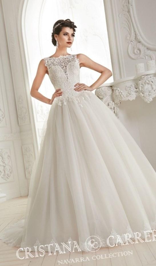 Свадебные салоны фото платьев - http://1svadebnoeplate.ru/svadebnye-salony-foto-platev-3750/ #свадьба #платье #свадебноеплатье #торжество #невеста