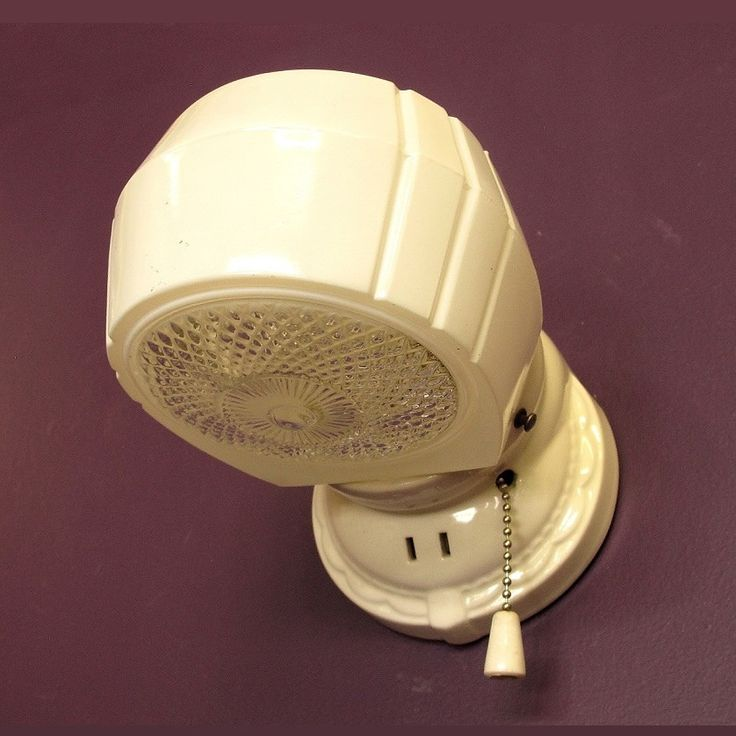 Vintage 1930s Bathroom Kitchen Wall Sconce 1930s Bathroom Vintage Walls And White Paints