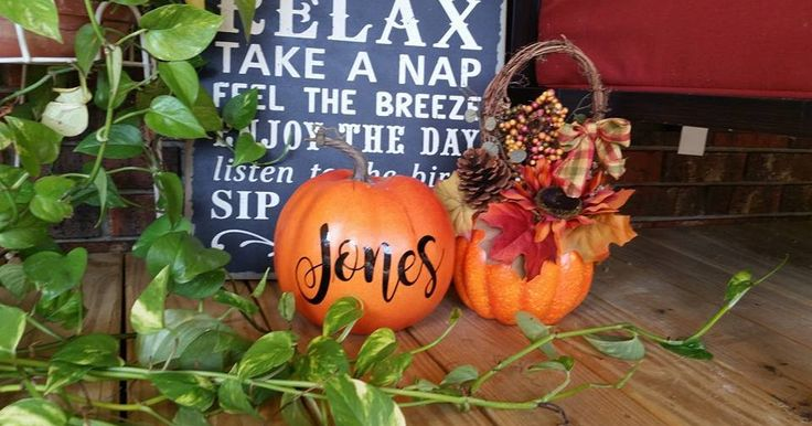 Personalized pumpkin from Jonescreekcreations.blogspot.com using my Silhouette Cameo
