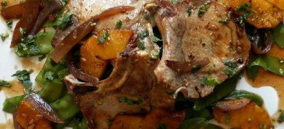 Chuletas de cerdo con piña y jengibre