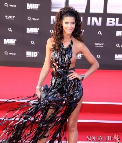 Model Micaela Schaefer At 'MIB3′ German Premiere. Looks like a shredded Garbage Bag Dress. WHY?