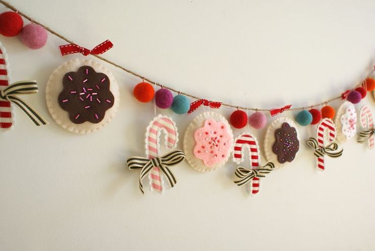 christmas holiday garland made of felt, G048