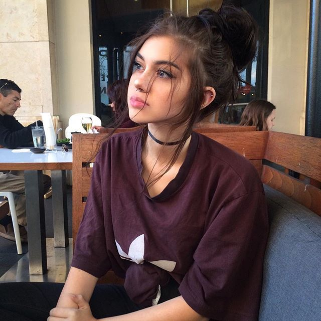 hey im josie. Call me jo if you want. Im 18 and single. K like to party, smoke and drink. My best friend is lane and we like getting in trouble. I lived in cali before i came here. Intro?