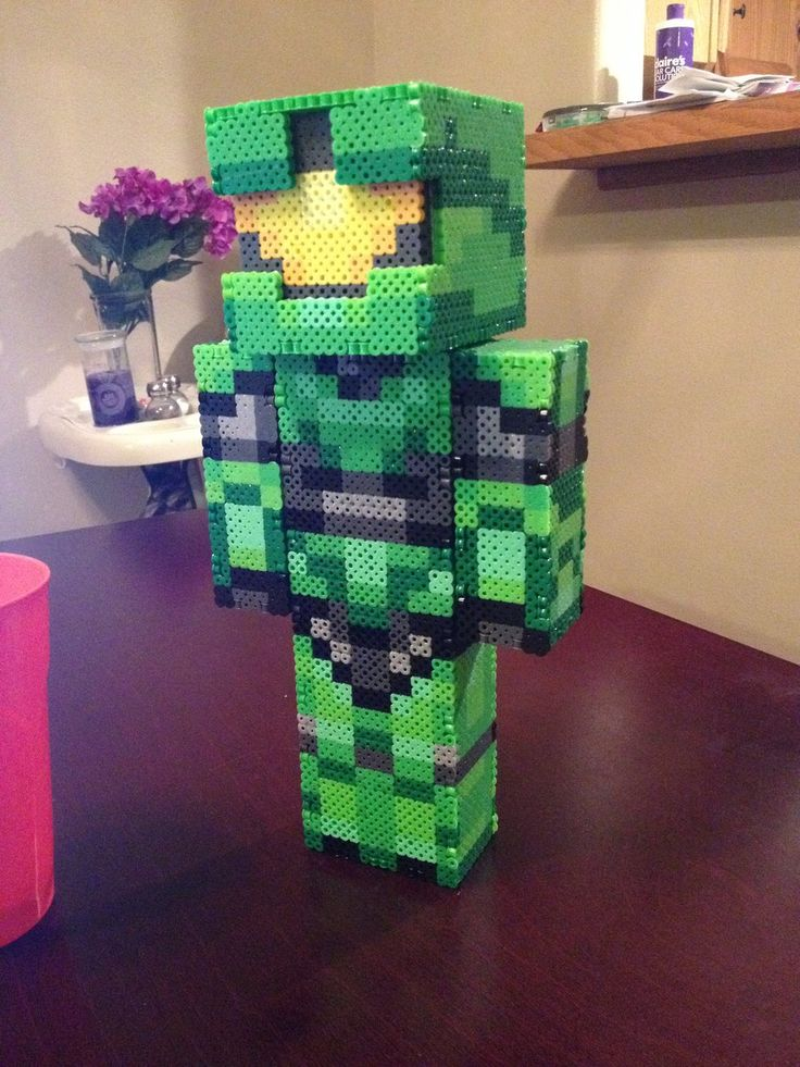 3D Master Chief Halo perler beads by Libbyseay on deviantART