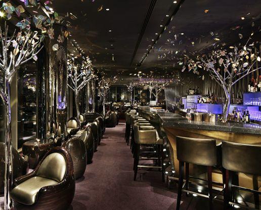 TOKYO Japan | Peter: The Bar | The Peninsula Hotel | #tokyo #hotelbar #thepeninsula