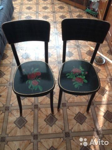 Старые деревянные стулья были отреставрированы. Авторский рисунок. Покрыты акриловым лаком. Очень удобно на них сидеть.Цена указана за 1 стул. Самовывоз!
