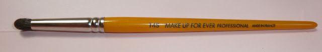 Blending brushes: Make up for ever (MUFE) 14S, MAC 217, MAC 224, Hakuhodo S142