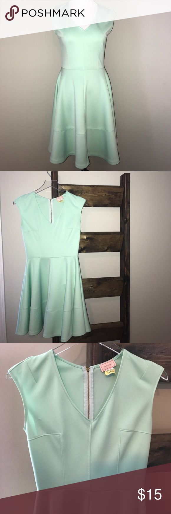 V-Neck Cap Sleeve Dress Flattering Fit 👗 Aqua V-Neck Cap Sleeve Dress 👗  + Super flattering aqua colored cap sleeve dress + I recently lost weight and now it's too big for me + Normal wear snags but still in excellent condition + 90% polyester / 10% spandex  + Freshly dry cleaned  + Smoke free & pet free home 🏡 + No trades 🚫  ✨ If you would like any additional photos or if you have any questions... please let me know! Dresses