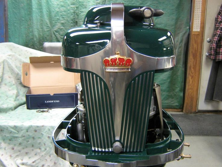 25 best vintage outboard engines g r images on for Green boat and motor