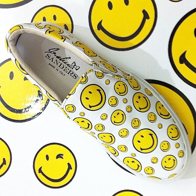 Today is a good day to smile with @smiley_london !
