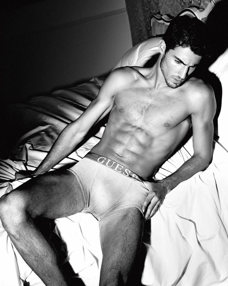 Antonio Navas, top model for Guess