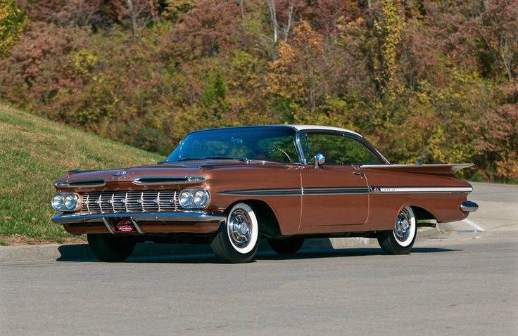 1959 Chevrolet Impala in Gothic Gold/Satin Beige