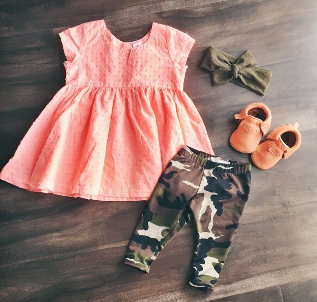 Freshly Picked Moccasins // Freshly Picked Moccasin Giveaway  // Baby Girl Outfit