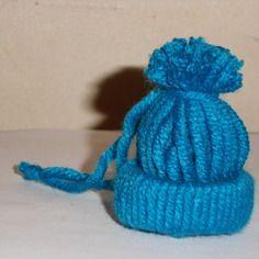 Déco noël 1 mini bonnet rbleu
