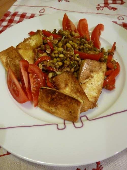 Tofu z kiełkami stir fry http://www.ekspertbudowlany.pl/blog/id550,tofu-z-kielkami-stir-fry