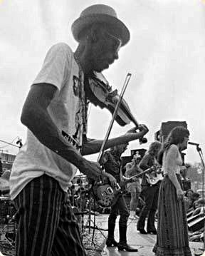 Papa John Creach (born John Henry Creach; May 28, 1917 – February 22, 1994) was an American blues violinist who played for Jefferson Airplane (1970–1975), Hot Tuna, Jefferson Starship, the San Francisco All-Stars (1979–1984), The Dinosaurs (1982–1989), and Steve Taylor. Creach recorded a number of solo albums and was a frequent guest at Grateful Dead and Charlie Daniels Band concerts. He was a regular guest at the, early annual Volunteer Jams, hosted by Charlie Daniels,