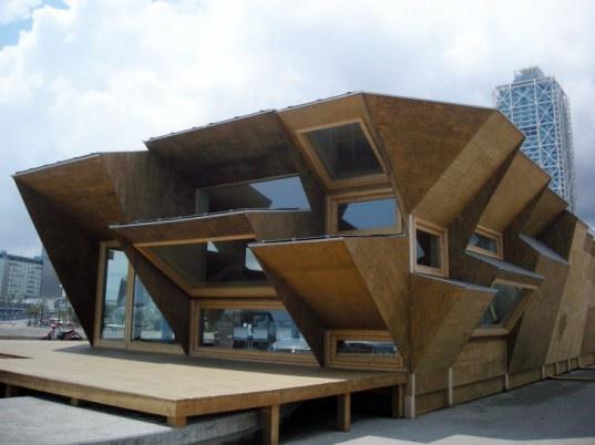 Barcelona s solar house 2 0 pavilion built with modular photovoltaic