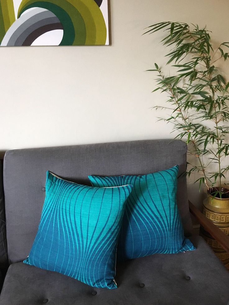 Stunning petrol/turquoise barkcloth in iconic onion style design made into cushions - perfect for a mid century modern interior https://www.etsy.com/uk/listing/550789544/vintage-mid-century-barkcloth-cushion #barkcloth #vintagefabric #50s #60s #midcenturymodern #opart