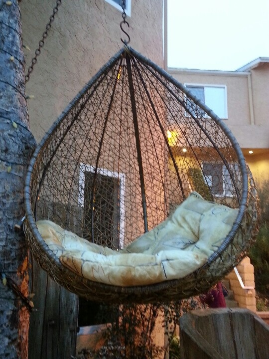 Cool hanging chair putting a smile on my face for Ez hang chairs instructions