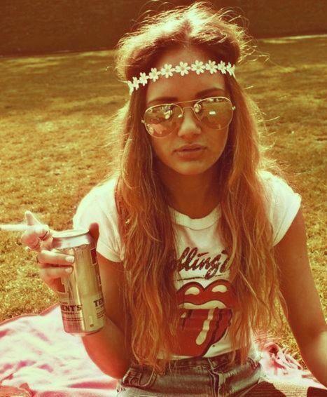 modern 70s fashion. head bands, band tees, long hair split down ...