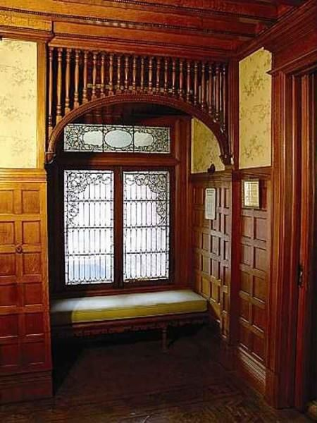 1000 images about mansions interiors on pinterest for Queen anne windows