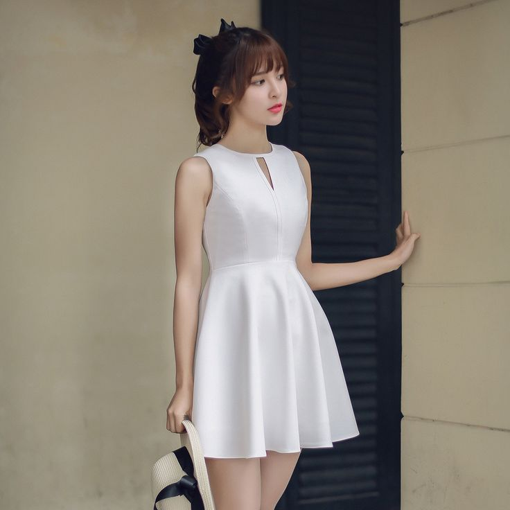 Japanese Fashion - Hollow round neck A word dress