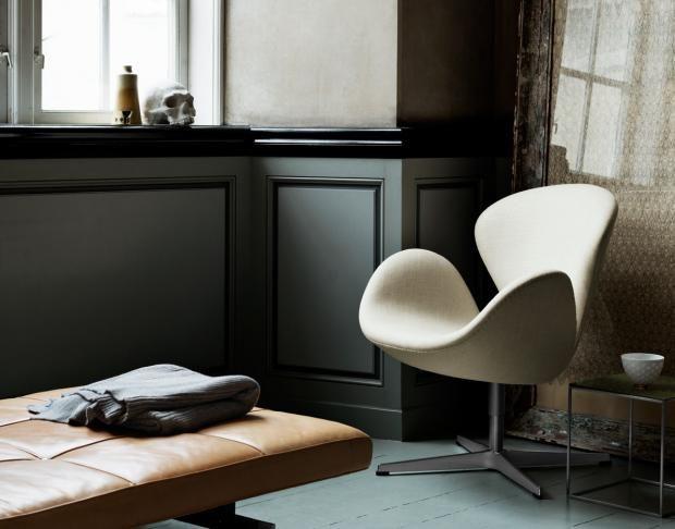 45 best dunkle wandfarben images on pinterest dark grey walls and interieur. Black Bedroom Furniture Sets. Home Design Ideas