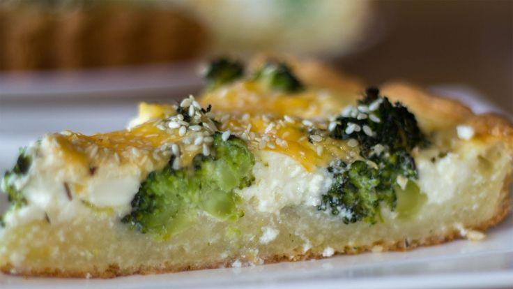 Открытый пирог с брокколи и сыром (киш)