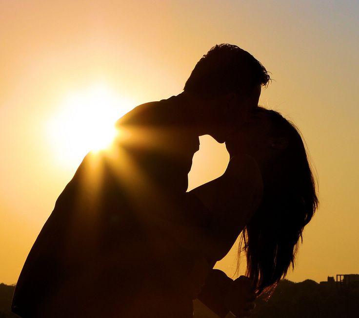 silhouette kiss httpwwwwikilovecomsilhouette_kiss
