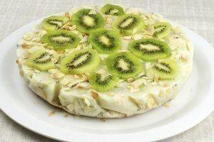 tort de kiwi cu iaurt, dietetic, fara coacere dar delicios