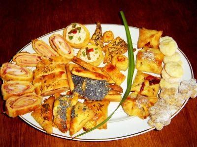 Tvarohové těsto: Napečeme z něj na celé svátky sladké i slané pečivo   7 nejlepších receptů