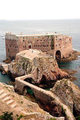 Forte de São João Baptista das Berlengas, no arquipélago das Berlengas, Peniche, no distrito de Leiria, em Portugal.