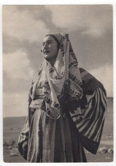 GREECE ASTYPALEA STAMPALIA GREEK COSTUME DRESS PHOTO BY VOULA PAPAIOANNOU.