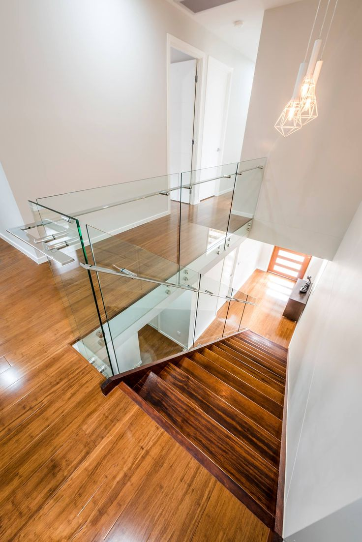Let the light flow freely throughout your home with frameless glass balustrades.