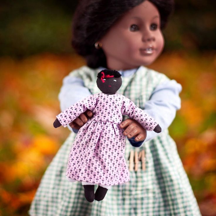 It's been almost two years since I took Addy out for a shoot.  She insisted on bringing Ida Bean along.  Which doll has been not photographed in far too long in your collection?  I still have a few dolls who have never been in the spotlight!