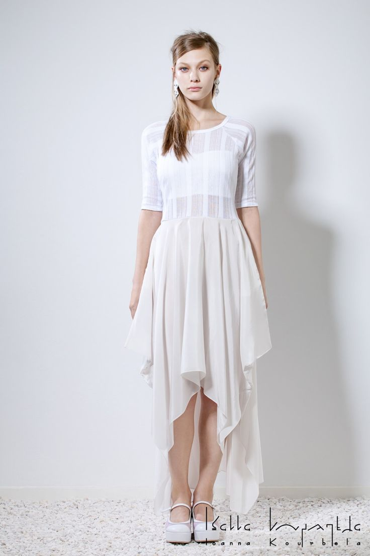 IOANNA KOURBELA Spring 2016 16192 Fabric Composition 53% Viscose, 40% MMD, 7% Silk