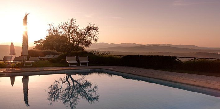 Villa Dievole - Tuscany, Italy Panoramic Pool with view on the vineyards