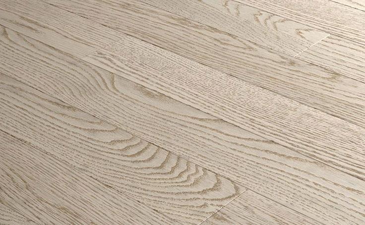 Pavimenti prefiniti in legno oasi - tavolato rovere spazzolato sbiancato.
