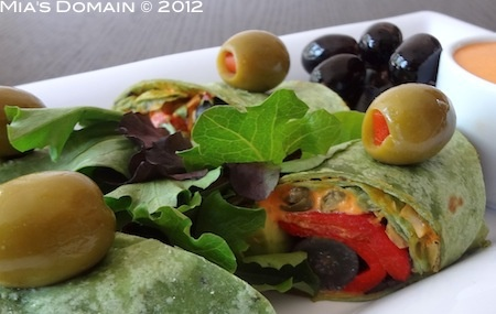 Veggie Wrap with Grapes and Gorgonzola Sauce - http://www.miasdomain ...