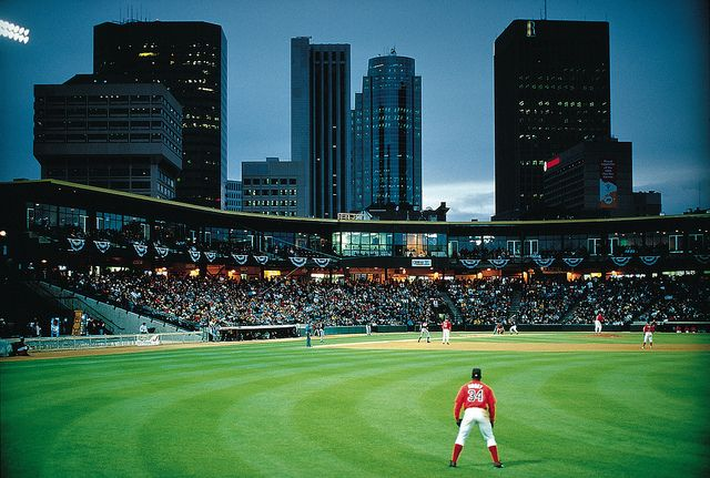 Goldeyes baseball game, Winnipeg