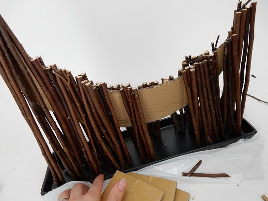 Sticking a stick curve to create a hollowed out crescent armature