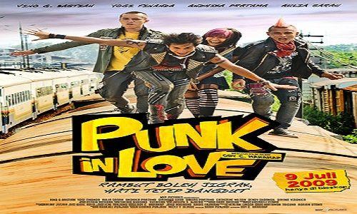 Punk In Love | Almira (Aulia Sarah), Arok (Vino G. Bastian), Mojo (Yogi Finanda), dan Yoji (Andhika Pratama) adalah 4 anak punk yang berasal dari Malang. Suatu hari, Arok berniat bunuh diri dengan ...
