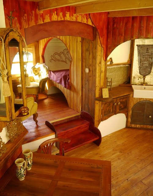 Green Gipsy - GypsY WagoN InterioR