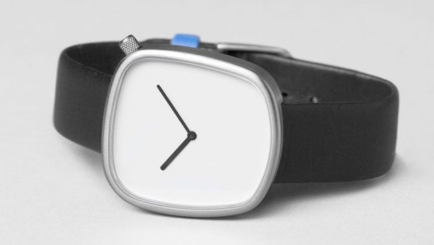 Short of the $440.00 Price Tag, The Pebble is awesome! #watch #tech #minimalist